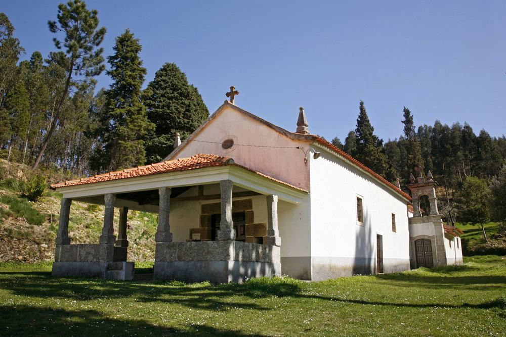 Capela Nossa Senhora de Chão de Calvos