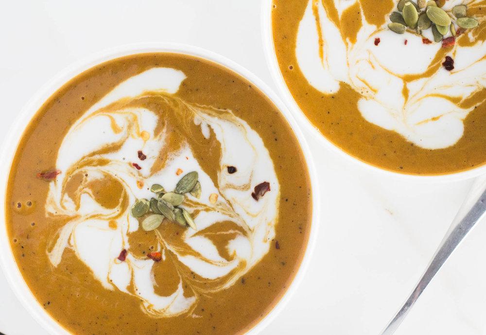 Panera-Copycat-Vegan-Butternut-Squash-Soup-3-of-6.jpg