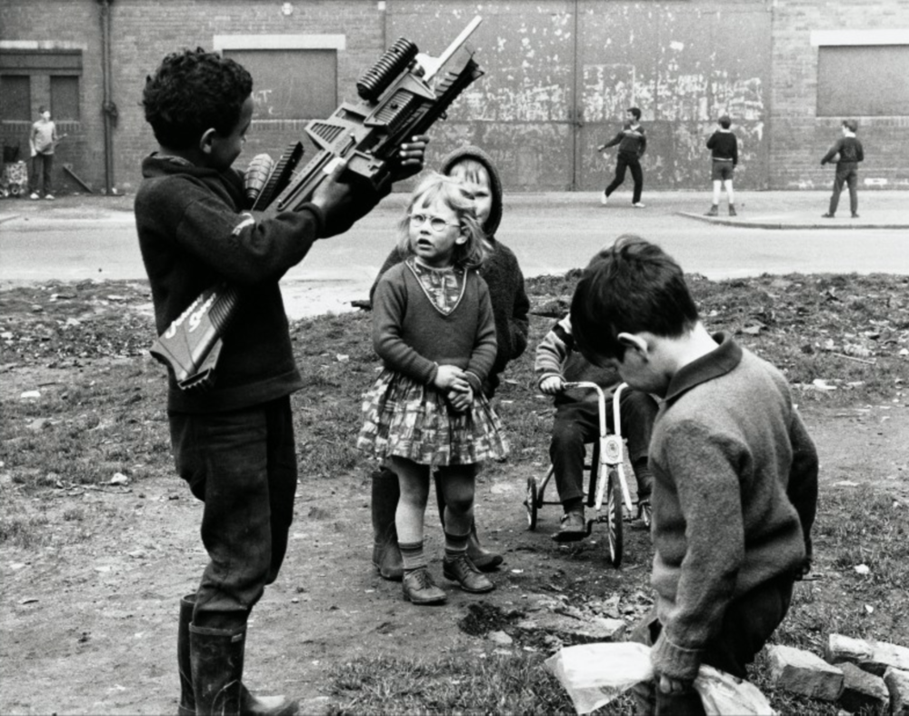 Shirley Baker  Manchester 1968  © Shirley Baker Estate