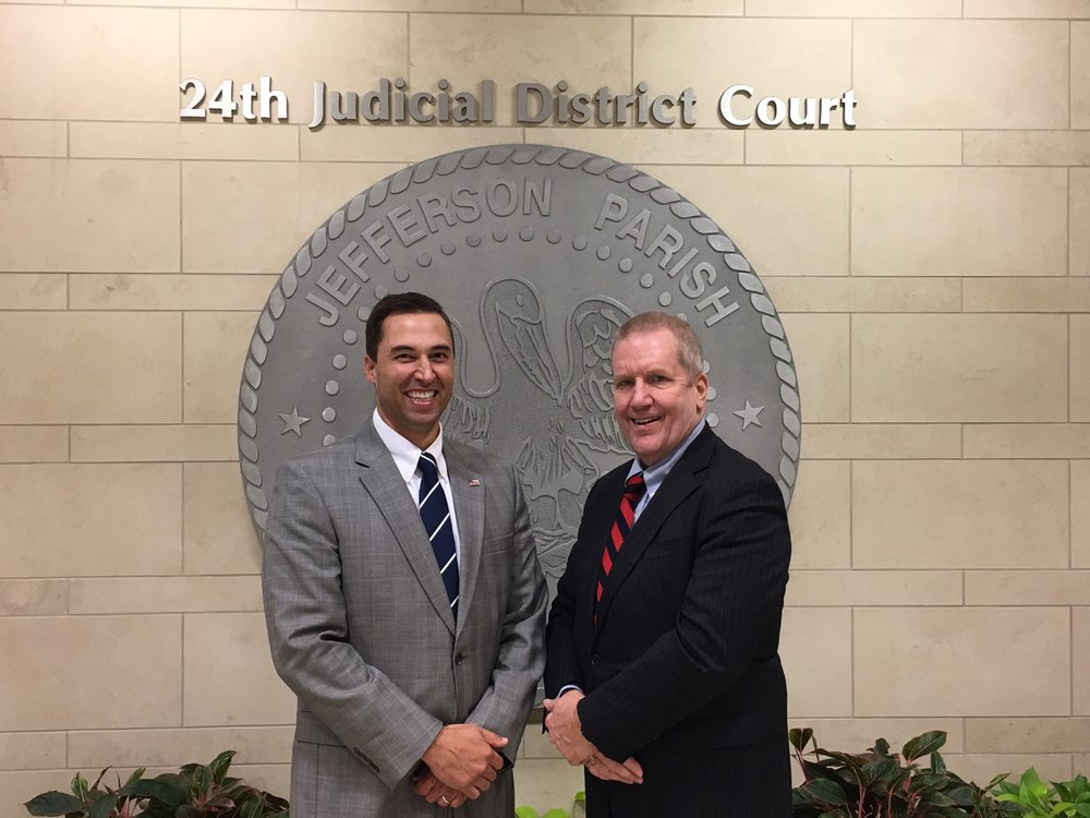 Judge Scott Schlegel welcomes Judge Steven Alm, the founder of HOPE probation, to the 24th Judicial District Court.