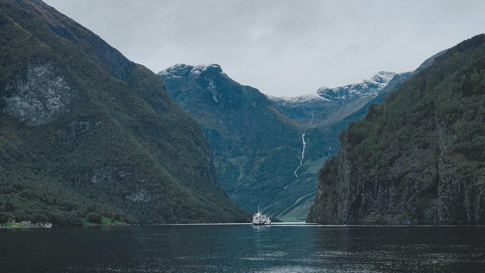 Naeroyfjord Ferry
