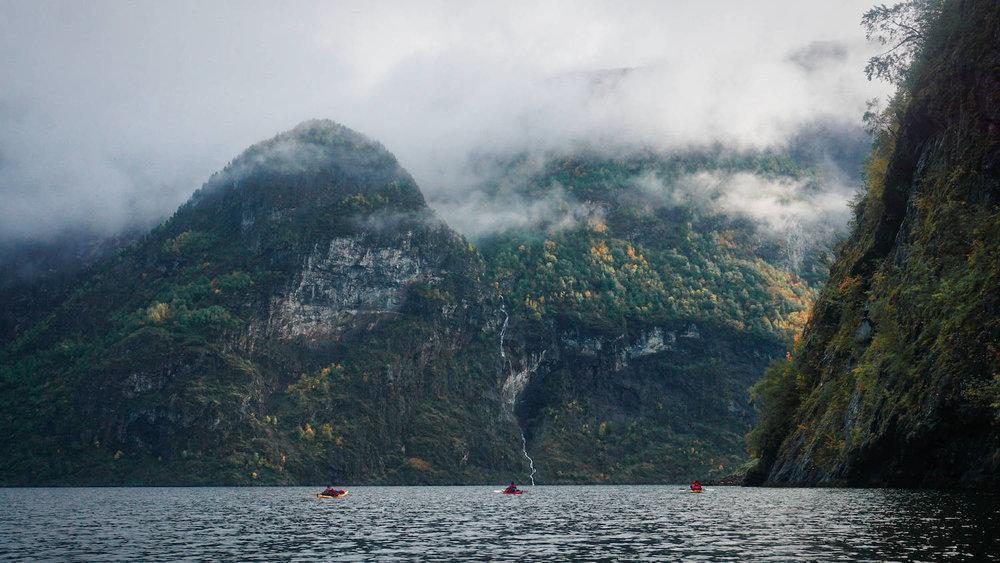 Naeroyfjord Aurlandfjorden Kayak