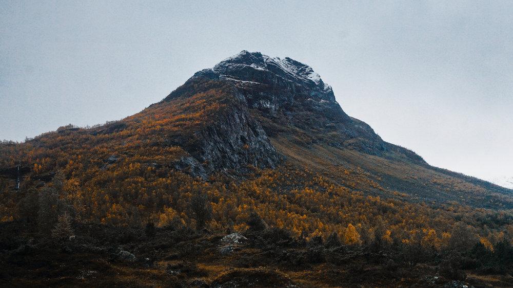 Breiskrednosi - Mountain Hike