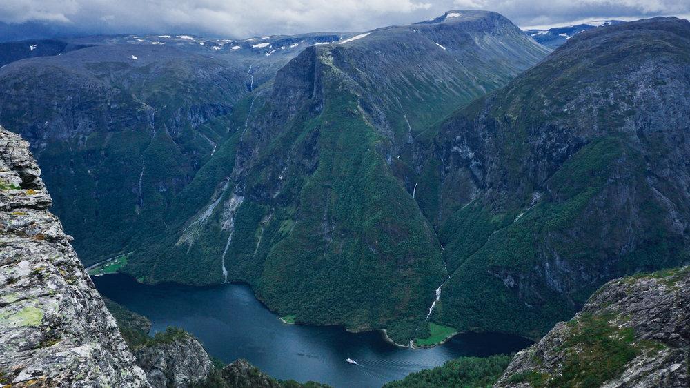 Breiskrednosi Summit - Naeroyfjord