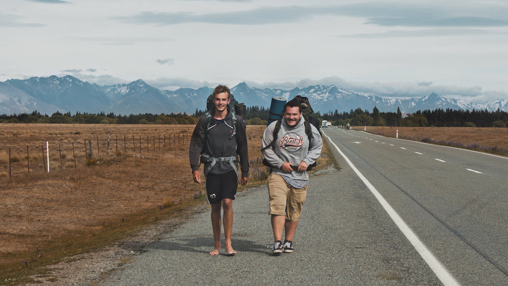 Backpackers - Hitchhiking - Twizel - NZ