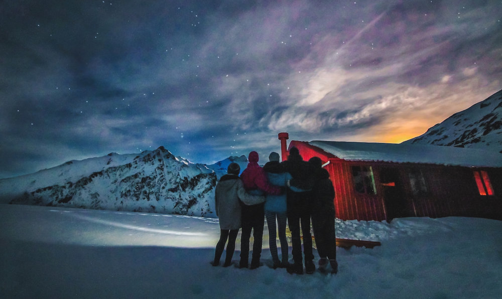 Brewster Hut - Solo vs Travel with Friends.JPG