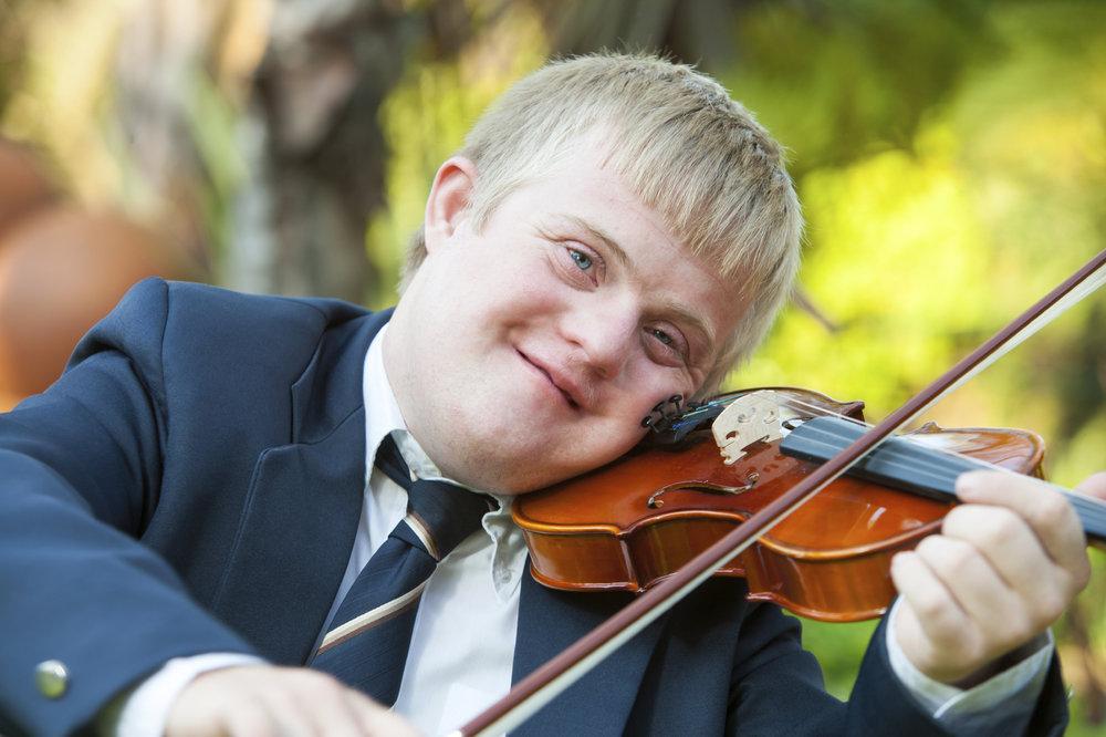 Handicapped-Violinist.jpg