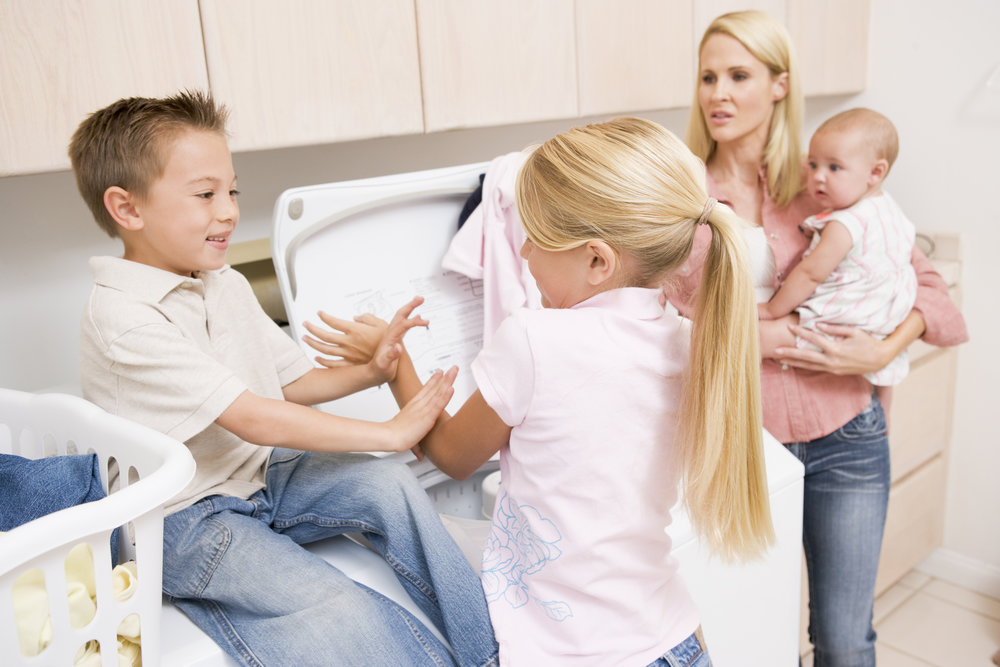 Mom-and-Kids-doing-Laundry.jpg