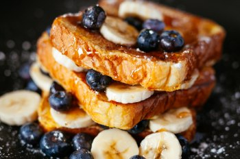French Toast with a Twist  satisfies your sweet side with savory ingredients just like Mother Nature intended.  Get the recipe  from  Tam John  and  EatRight-LiveWell .   Photo by Joseph Gonzalez on Unsplash
