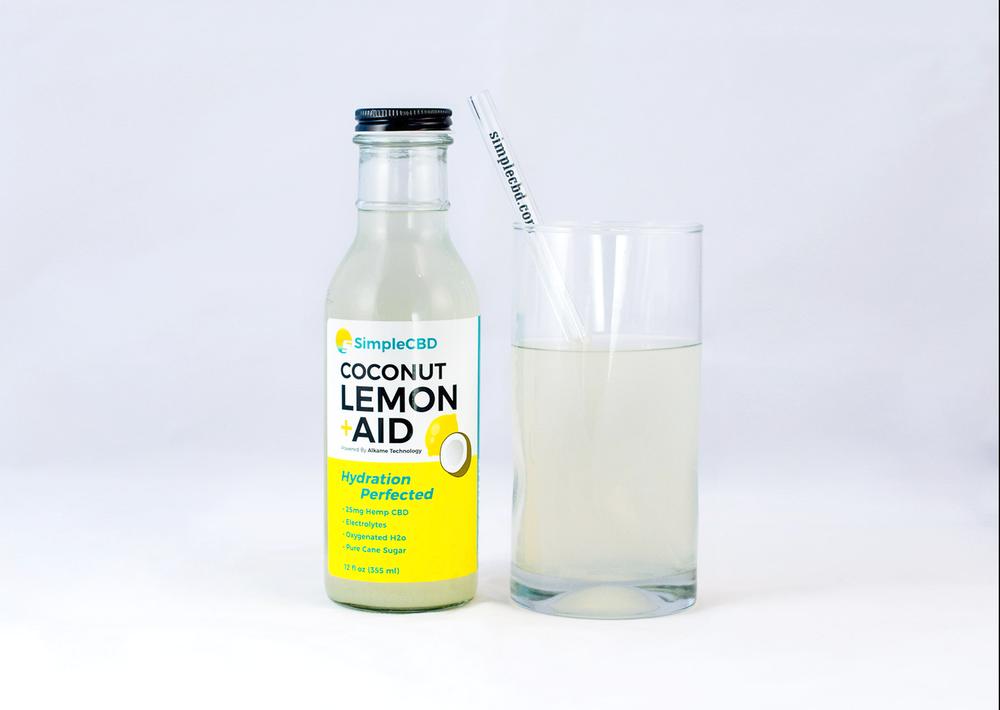 lemonaid with glass.png