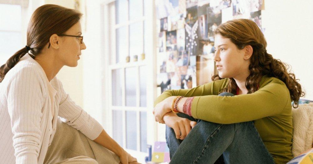 29976-serious-talk-with-teen-1200.1200w.tn.jpg