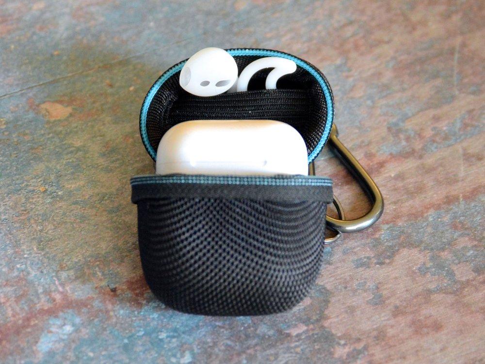 Earbudz Pocket.jpg