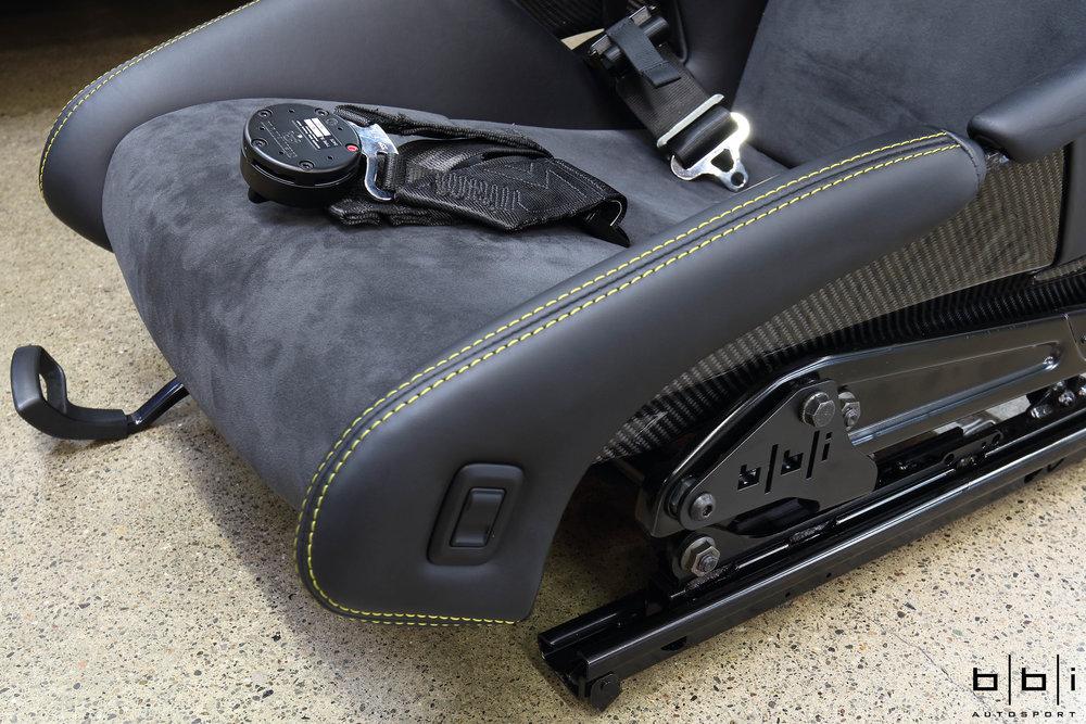 BBi 981 GT4 / 991 GT3 / RS Sub-Belt Bracket