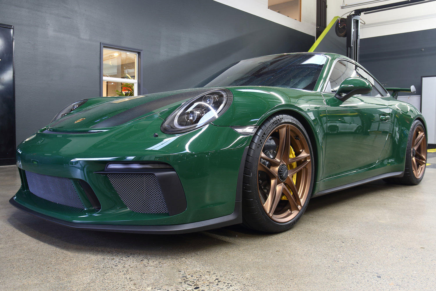Wheel Wednesday Feature British Racing Green Porsche 991 2 Gt3 With Hre P207 Centerlock Wheels Bbi Autosport