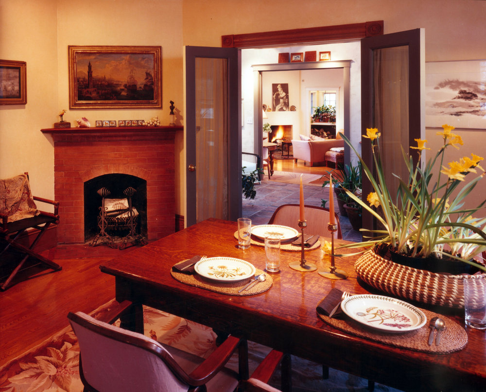 Livingston_diningroom.jpg