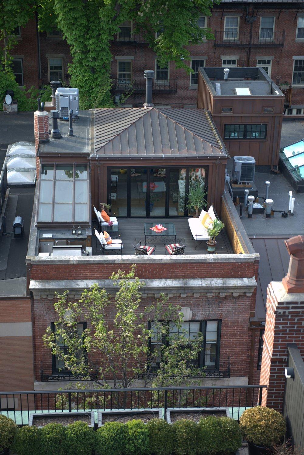 10Byron_roof top 2.jpg