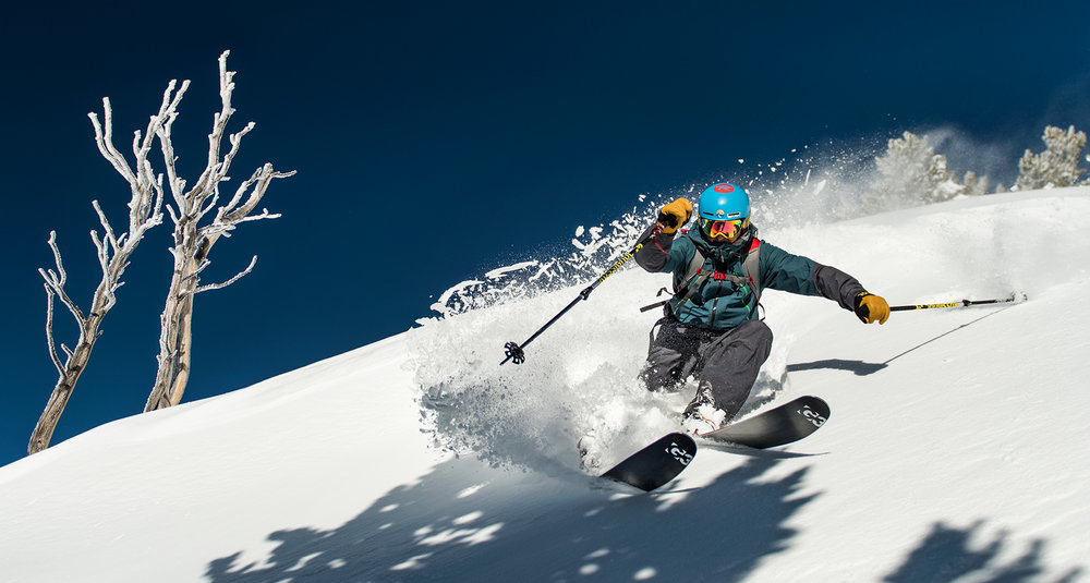 Alex Lemieux skiing