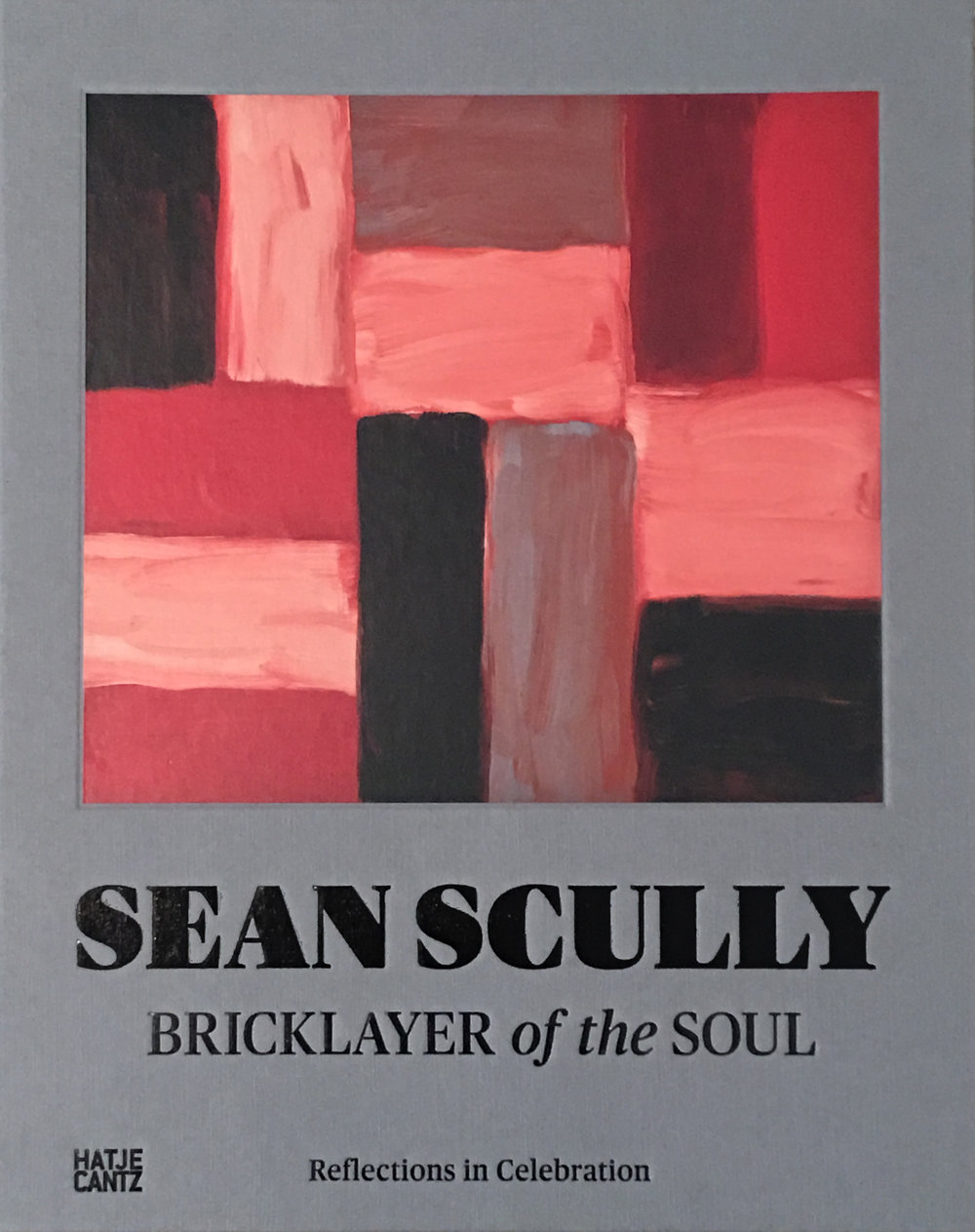 Findlay, Michael. (2015) 'Memoire', Sean Scully: Bricklayer of the Soul, ed. by Kelly Grovier, Germany: Hatje Cantz Verlag, p. 45-47.