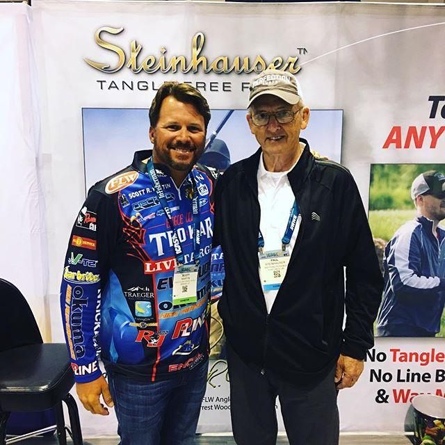 MEETING OF THE MINDS... Paul Steinhauser & Scott Martin. #icast #scottmartin @scottmartinchallenge #steinhauser #notangle #fishing