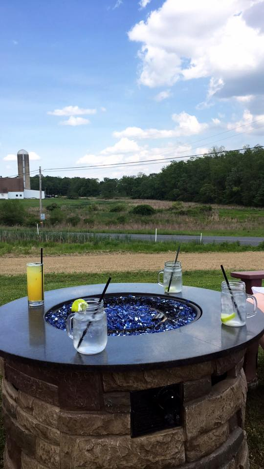 Eight Oaks Distillery is in the middle of nowhere, and I love it. Great drinks, games and place to catch up with friends.