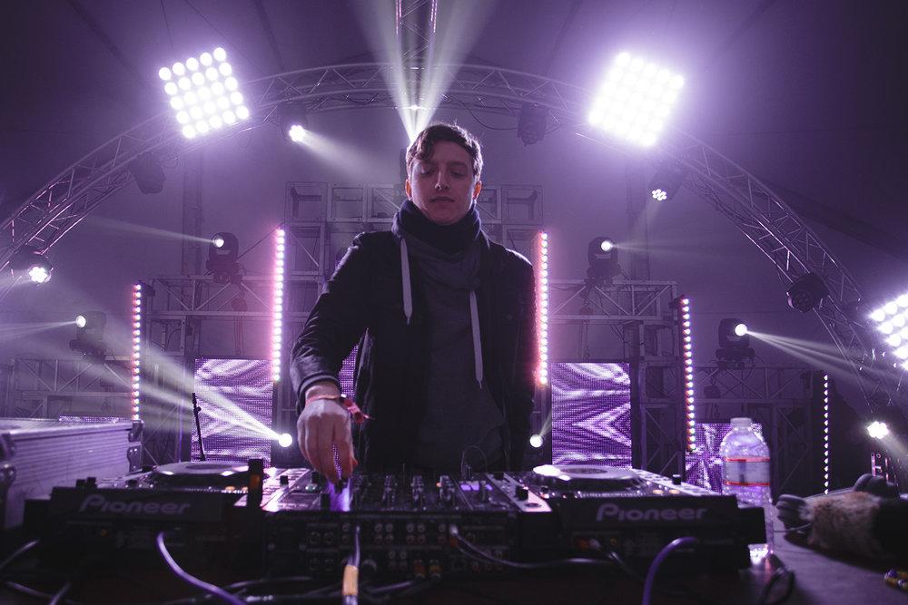 djemba-djemba-snowglobe-music-festival-2015-electronic.jpg