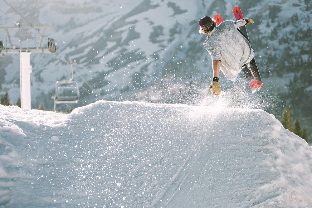 stephen-pille-jump-alta-ski-area-hand-drag-mitten-skiing-spring-sun.jpg