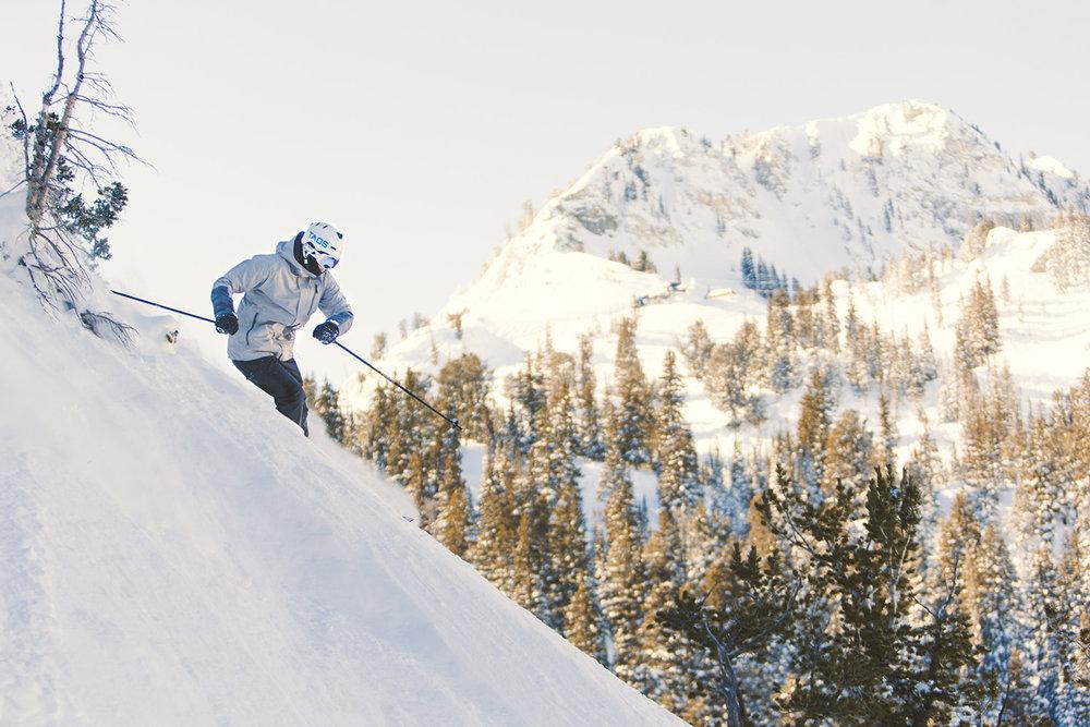 mitch-rock-solitude-mountain-winter-snow-powder-sun-morning-blue-sky.jpg