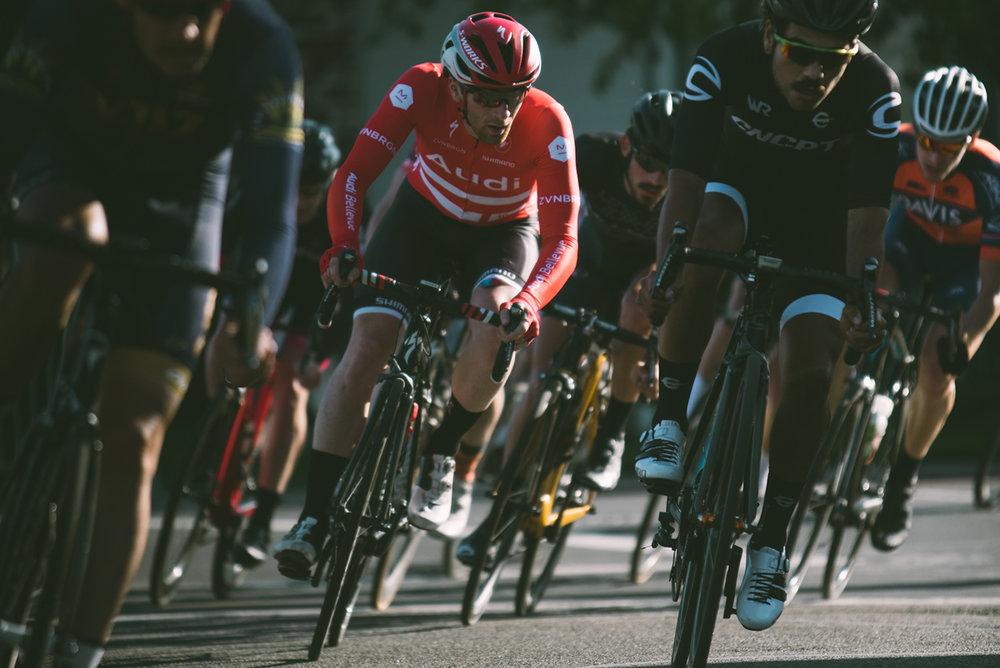 david-waples-cycling-california-criterium-race-audi-bellevue-specialized-allez-bike.jpg