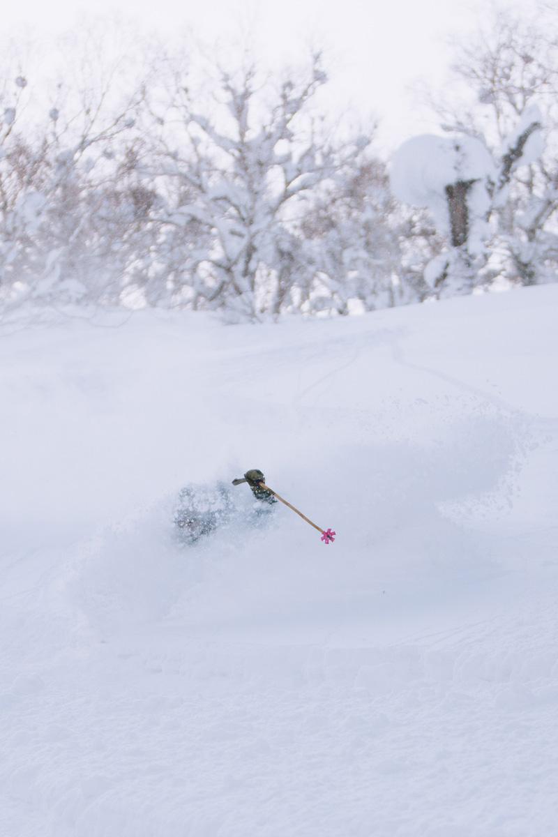 Blake bekken deep powder turns kiroro japan.jpg