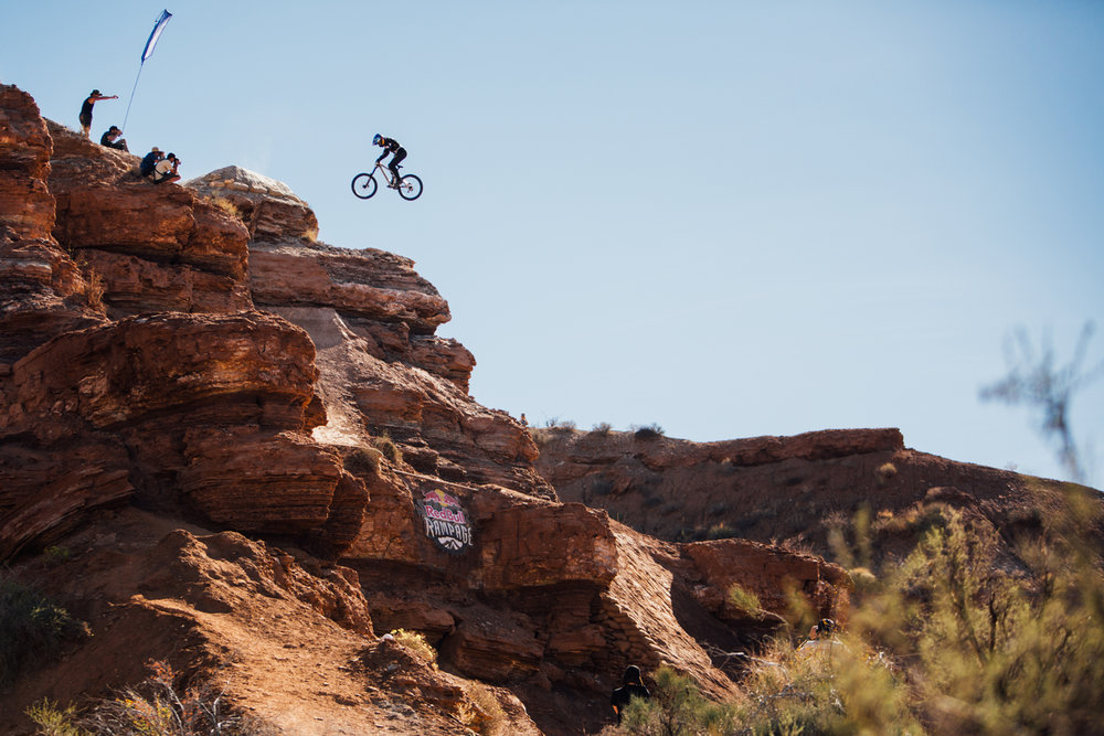 red-bull-rampage-18-carson-storch-360-cliff.jpg