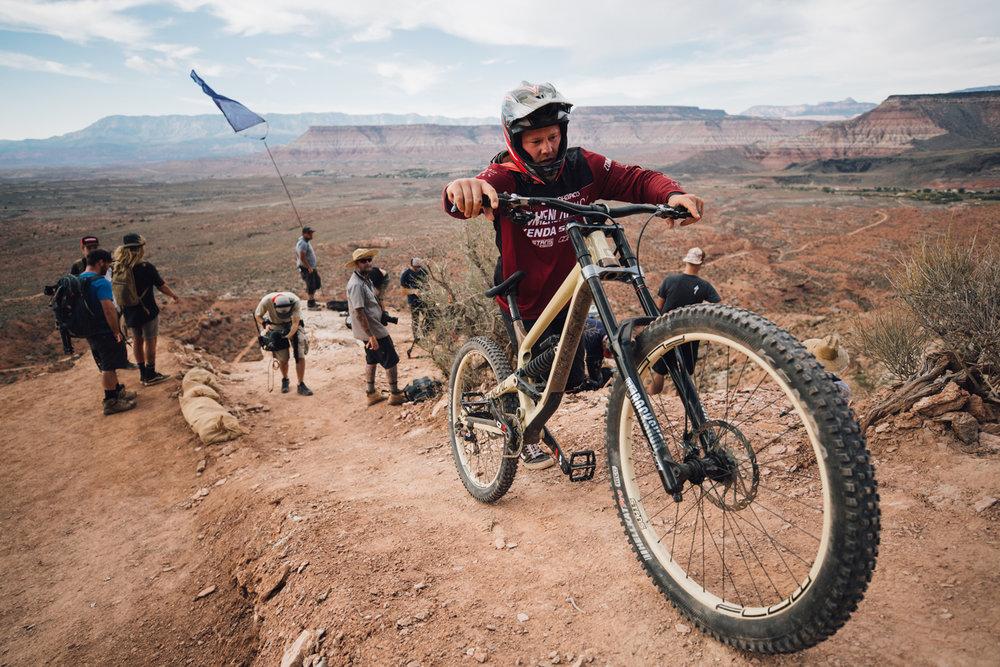 red-bull-rampage-18-kyle-strait-hike-a-bike.jpg