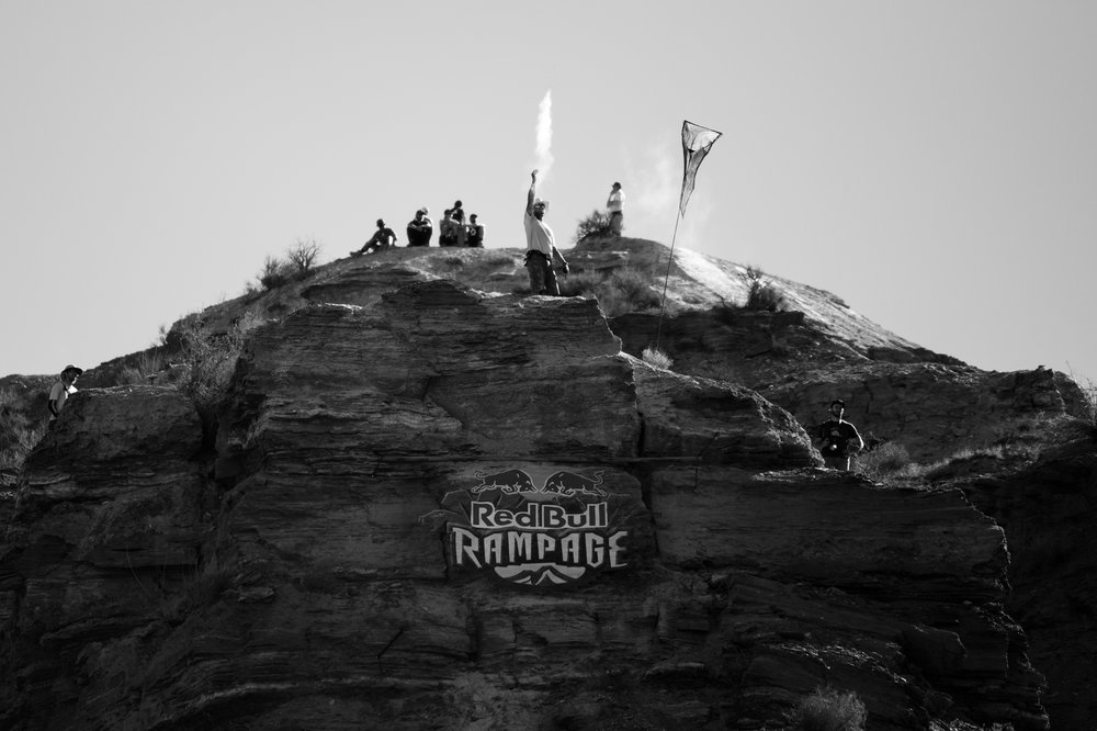 red-bull-rampage-18-wind-test-black-white.jpg