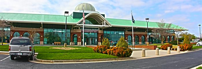 LYNCHBURG REGIONAL AIRPORT  The Lynchburg Regional Airport connects to nearby hubs, offering a convenient way to fly to wherever you want to go. Easy access and short lines make this airport desirable.     Lynchburg Regional Airport : 350 Terminal Dr #100 Lynchburg, VA 24502 (434) 455-6090