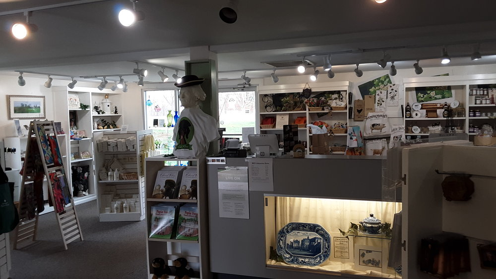 """10% OFF PURCHASE — SOUVENIR SHOP AT POPLAR FOREST   The souvenir shop at Poplar Forest is more than just a gift shop! They have lovely handcrafted goods that make great gifts. Say """"Jefferson Lives"""" at the register for 10% off your purchase! (Discount does not apply to admission to the property.)"""
