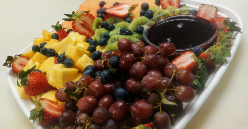 Fresh Fruit Platter  - A GORGEOUS SPREAD OF FRESH FRUIT AND A BERRY-BALSALMIC DIPPING SAUCE - $3