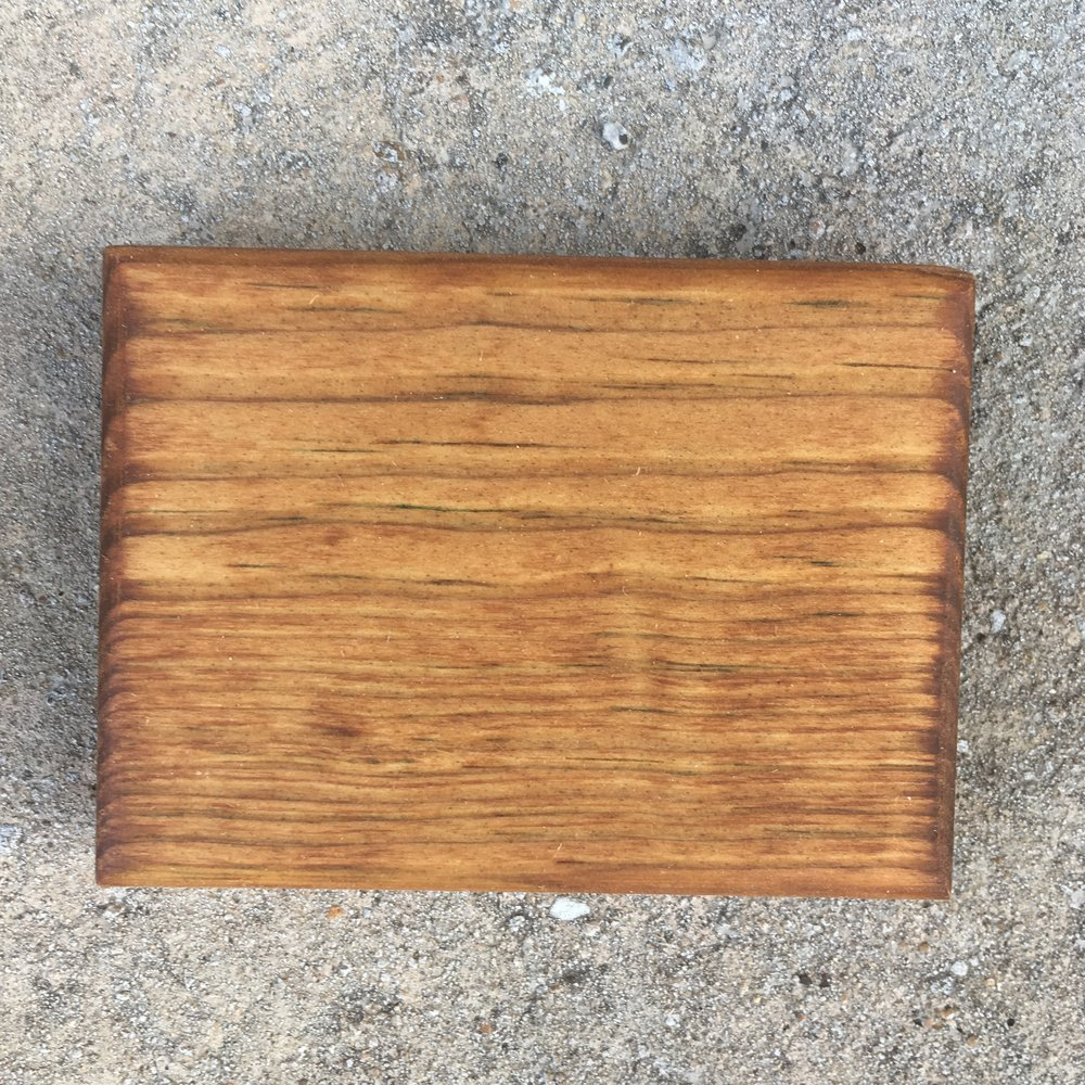 Stain Color: Mahogany