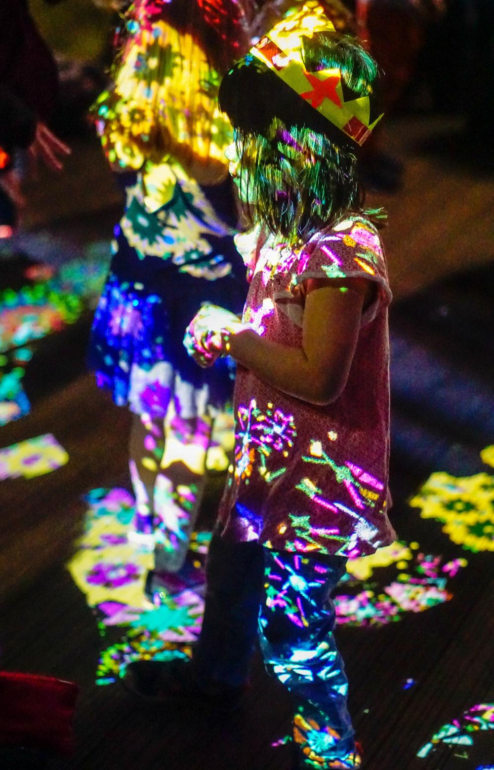 Dancing Lights West Projections 2017 - 3-3.jpg