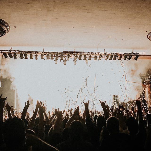 """I've heard many great bands over the years, but I've found myself listening to bands that fewer and fewer people have ever even heard of. I want to raise awareness of all the amazing bands out there that most would consider """"underrated."""" I've written a blog post detailing my Top 10 Underrated Bands in 2019. Check it out, link in bio. 🤘🏻"""