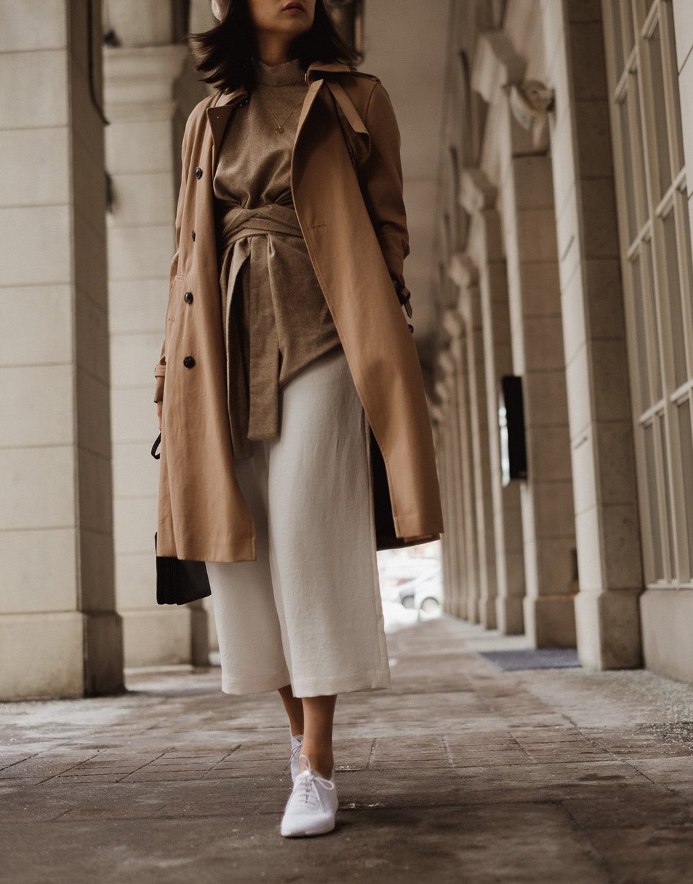 spring-trenchcoat-outfit.jpg