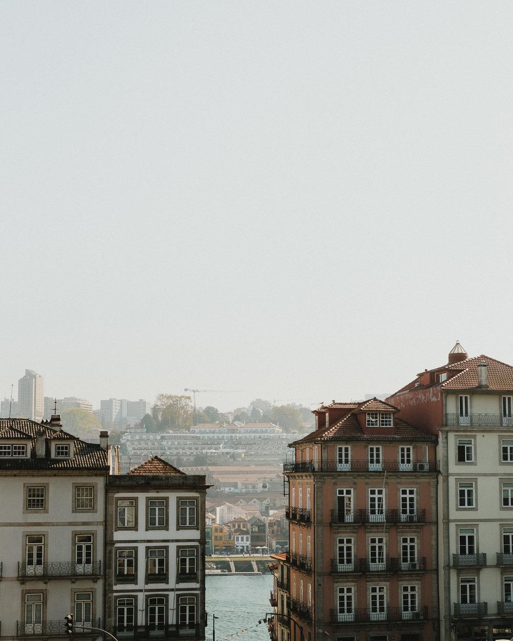 A glimpse of the Douro.