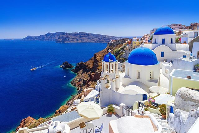 Yep... you guys guessed it.. (except you @jessinugent 😂) This year we will be heading to Greece! And it will be our most epic trip yet! Cannot wait till I can release the dates and details babes. We are excited!!!! #mykonos #santorini #greece #greekislands #travel #escape #luxury #wanderlust