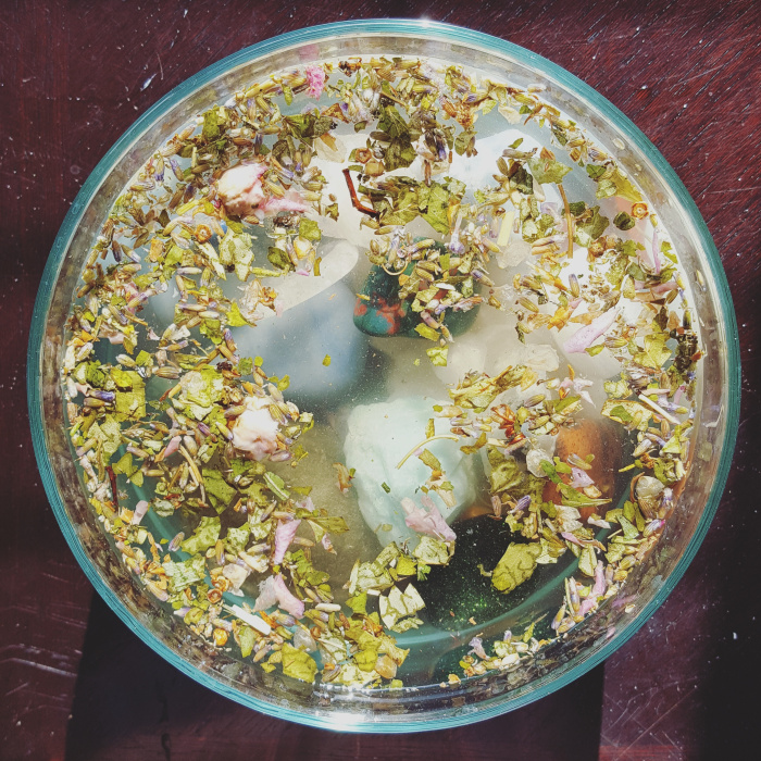 a sweet bath for intention setting & blessing your crystals — Asali