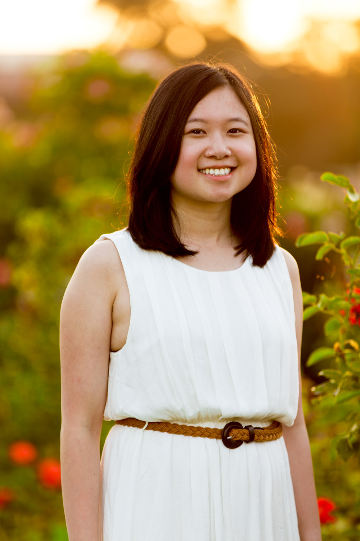 Sami_Senior_Portrait_2048px-0016.jpg