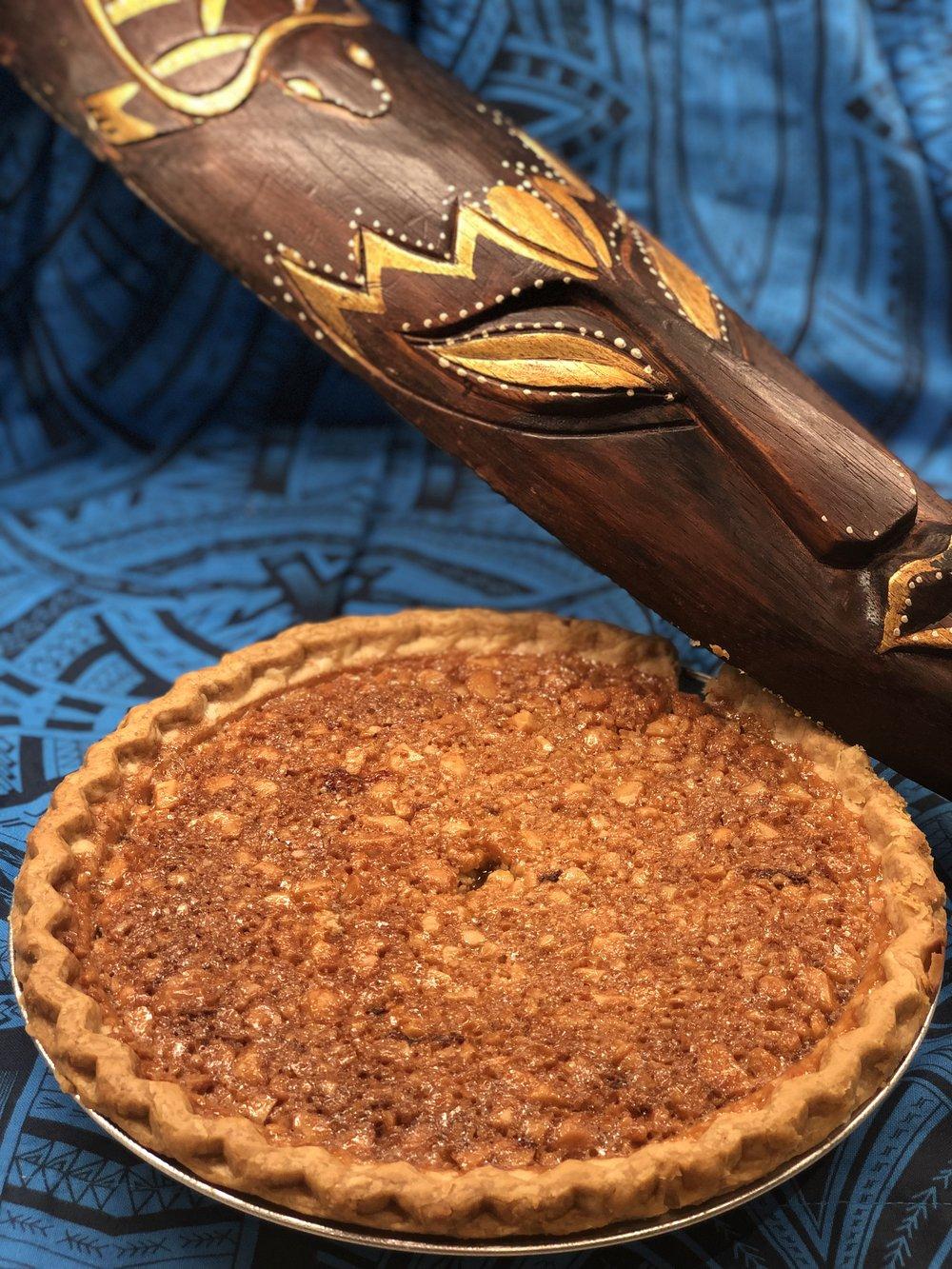 Disneyland's Tahitian Terrace Menchune Macadamia Pie:    Recipe