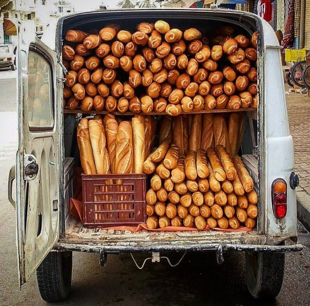 YES! Fresh Baguettes ever day in the South of France!