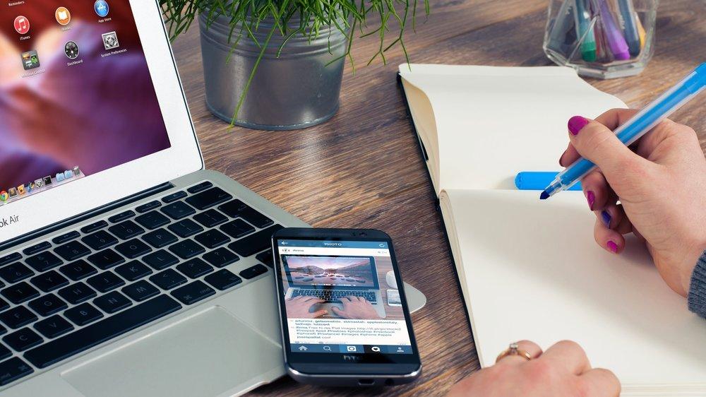 office-notes-notepad-entrepreneur-38556.jpeg