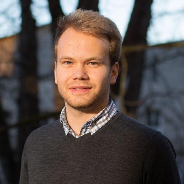 """Thomas Fritsch """"'Viele tun wenig, Wenige tun viel.' Mir bietet ProjectTogether die Möglichkeit, mich persönlich weiterzuentwickeln und neue Erfahrungen zu sammeln. Diese möchte ich weitergeben und junge Gründer mit ihren Ideen begleiten."""""""