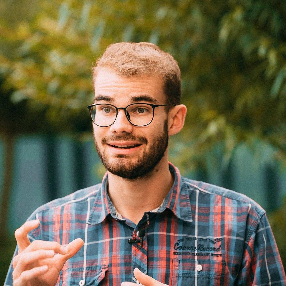 """Michael Heider, Mitgründer   """"In jedem von uns steckt ein unglaubliches Potential. 95% aller menschlichen Ziele scheitern allerdings schon allein am Zweifel daran, ob die eigene Idee überhaupt in die Praxis umsetzbar ist - mit ProjectTogether möchte ich das verändern!"""""""
