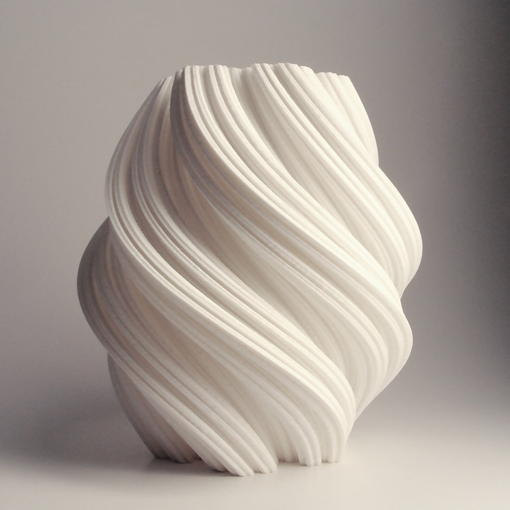 3d printed vase coming from a twisted snow flock shape