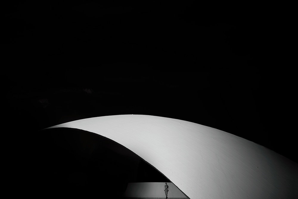 Black and white photography of Niemeyer buildings in Brasilia